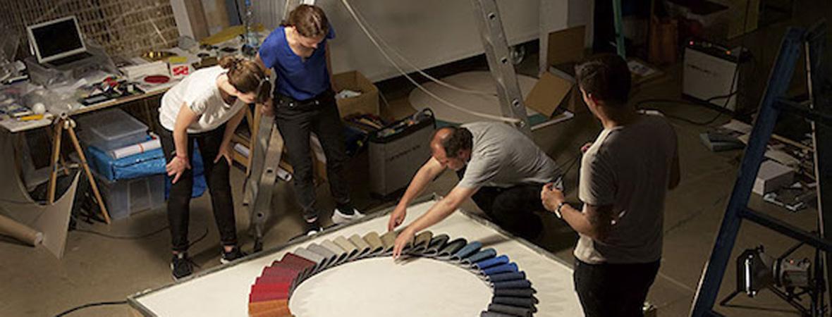 Making of carpet concept die raumerf ller raumausstatter for Raumausstatter beruf